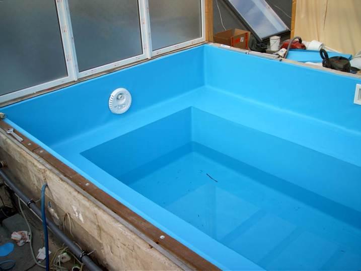 Medence fóliázás, medence felújítás,fóliás medence építés,karbantartás